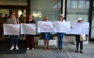 Sve glasniji zahtjevi za ostavkom ministra Kujundžića