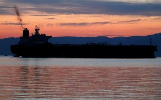 Situacija u Raškom zaljevu se popravlja, nakon što je iscurilo tri tone goriva