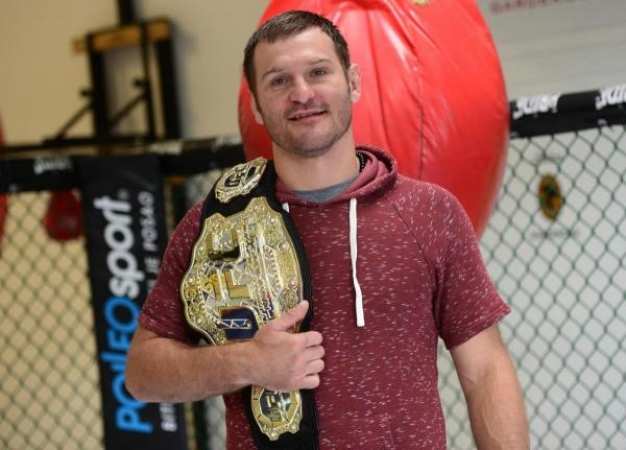 Miočić vratio pojas UFC prvaka, nokautirao Cormiera
